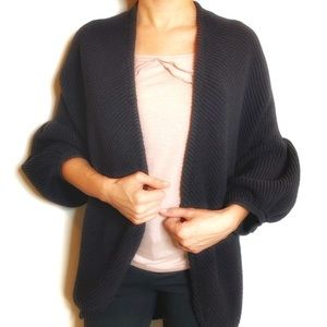 ANTHROPOLOGIE MOTH OVERSIZE CARDIGAN BLACK XS